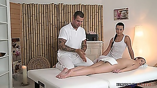 Anna Rose & Alexis Crystal Massage