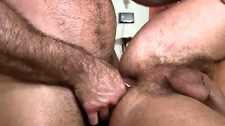 Concupiscent Man Is Getting A Lusty And Relaxing Massage