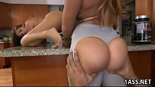Booty Babes In Ffm Threesome Action