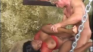 Muscled Man With Bigcock Fuck Ebony