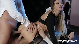 Security Guards Double Penetrate Glamorous Anna Polina