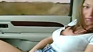 Hottie Fingering Pussy In Car