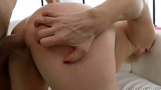 Anal Pleasure For Blonde Granny Dolly Oliver