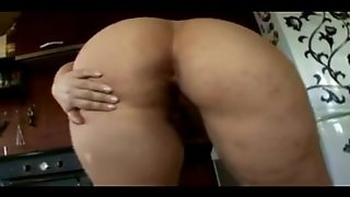 Thick Curly Bigbutt Kitchen Mother I'd Like To Fuck