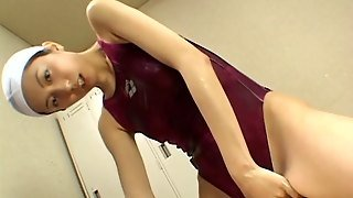 Skinny Japanese Bitch Takes Off Her Swimsuit For A Fuck