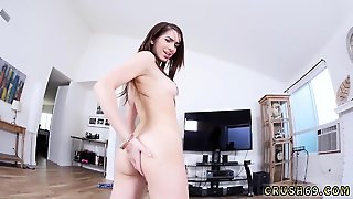 Web Cam Teen Anal Dildo First Time Proving Papa Wrong