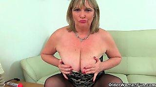 My Favourite Next Door Milfs From The Uk: Jayne, Alisha And Lacey 2