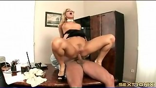 Gorgeous Secretary In Glasses Gets Fucked