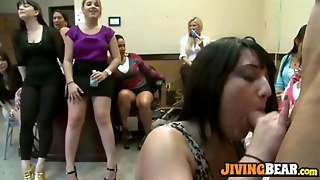Blowjobs From The Group Of Girls