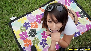 Super Erotic Latina Gets Pounded Outdoors