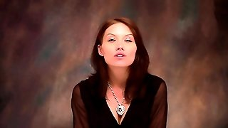Hypnotic Workout With A Femdom Hypnosis And A Powerful Trance!