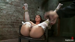 Allie Haze The Babe In Stockings Gets Toyed In Bondage Vid