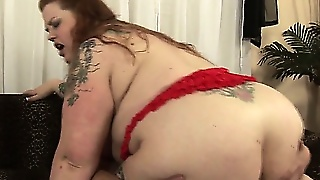 Huge Bbw Riding A Hard Cock With Her Heavy Ass And Shaved Pussy