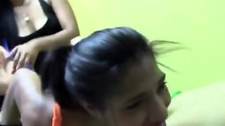 Cosquillas A Paola