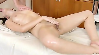 Teen Gets Fingered And Fingers Herself
