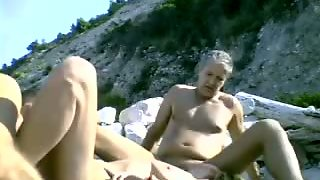 Dogging, 69, Beach Amateur, Beach Blowjob, Amateur 69, Bea Ch, Blowjob 69, Blow Job Amateur