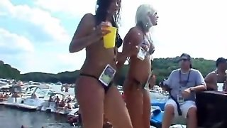 Party Girls Are Slutty As They Dance