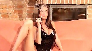 Smoking - Nessa Devil Masturbation