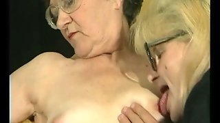 Glasses Brunette, Mature Older, Fat Fingering, Blonde And Hairy, Glasses Busty, Hairy Pussy Busty, Mature Blonde In Glasses, Fingering Hairypussy