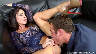 Jessica Jaymes Fucks With Mechanic