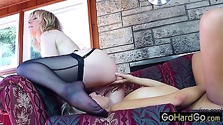Mom Hd, Hd Mom, Mother Mom, Mom And Mother, Eaten, Twinkle, Milf H D, Cougarmom, Momcougar, Mother Cougar