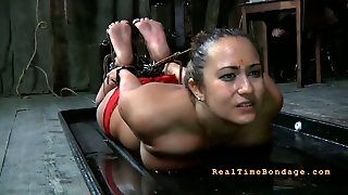 Ample Brunette Whore Gets Her Hair Strained With Rope To Her Feet