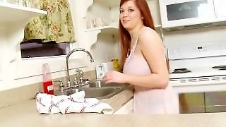 Tessa Fowler - Dish Washing Time