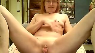 Cute Granny Webcam