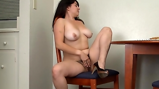 Cleo Masturbates Hairy Pussy During Breakfast