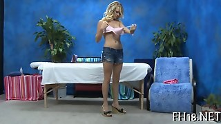 Blonde Babe Gets To Have A Nice Long Massage