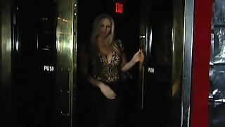 Julia Ann - Cougar On The Prowl
