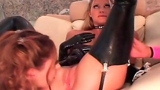 Fantastic Lesbian Latex Threesome