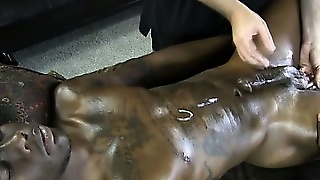 Straight Amateur Guy Cums For Masseur
