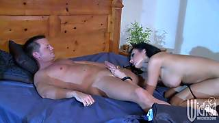 Fascinating Brunette Alektra Blue With Lovely Big Tits Takes Off