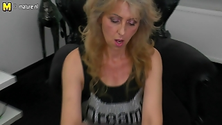 Mature Mother Masturbating Watching Xhamster