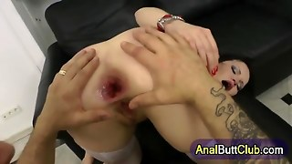Gaping Booty Fucked Slut In Her Gaping Ass