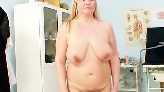 Thick Mom With Big Natural Tits Gets Part1
