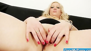 Blonde Babe Jenifer Gets Her Pussy Gaped