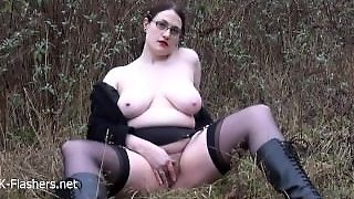 Chubby Amateur Flasher Alyss In Public Masturbation And Outdoor Exhibition