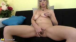 Big Saggy Titties On A Masturbating Mature Blonde