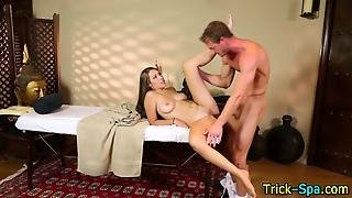 Masseuse Tribbing