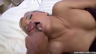 Euro Babe Fisted And Creamed With Warm Cum