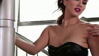 Sunny Leone Sex Videos In Sexy Blue Skirt