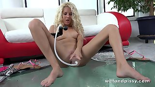 Blonde Angel With Pussy Pump