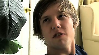 Cutie Twink Atlanta Spy On Kaiden Jerking And Join Him For