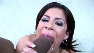 Erogenous With Sexy Naural Tis Bimbo Hand Jobbing Then Blow Jobbing A Massive Black Cock In Pov
