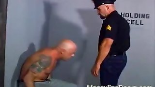 Jail Inmate Fucked By Big Bear Cop