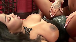 Horny Submissive Gets Fucked