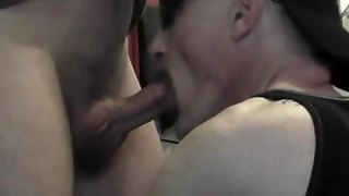 Mature Dude Gives Head