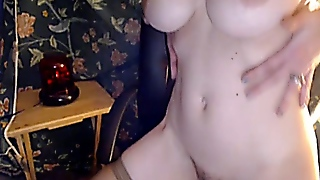 Big Tits Babe Toying Hd